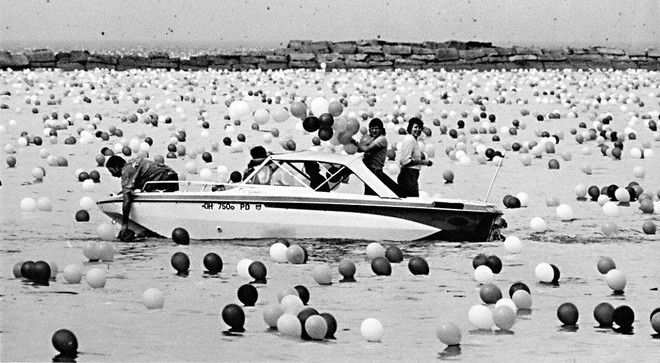 Lễ hội bóng bay Cleveland 1986: Sự kiện hoành tráng bỗng hóa thành thảm họa chết người sau khi 1,5 triệu quả bóng bay được thả - Ảnh 8.
