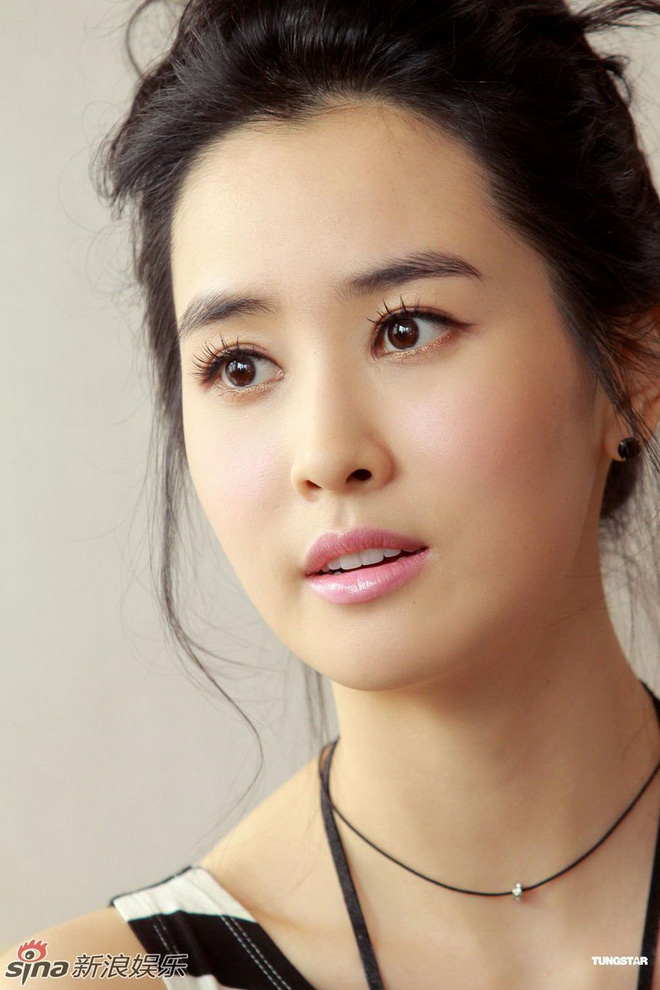 """Những ca phẫu thuật thành công của mỹ nhân Hàn: Đúng là không có gì là không thể, một bước """"vịt hóa thiên nga"""", lọt top gương mặt đẹp nhất thế giới - Ảnh 10."""