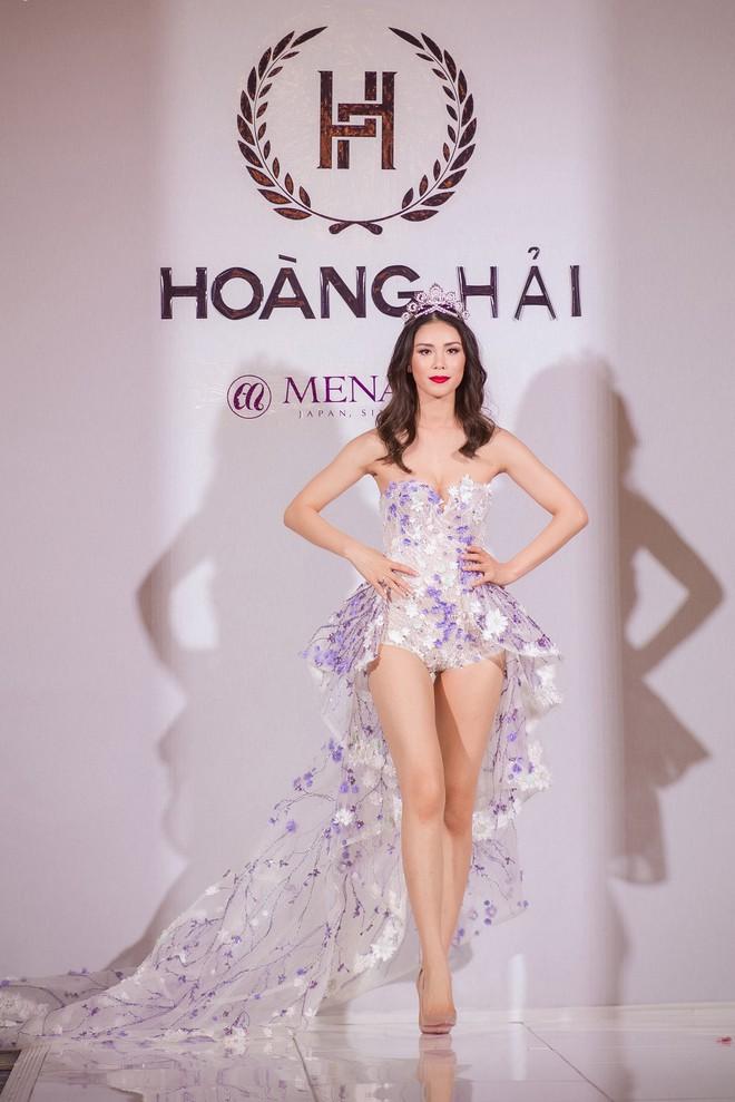 Nhã Phương đọ sắc cùng HH Đỗ Mỹ Linh và Lý Nhã Kỳ trong sự kiện thời trang tại Cannes - Ảnh 14.