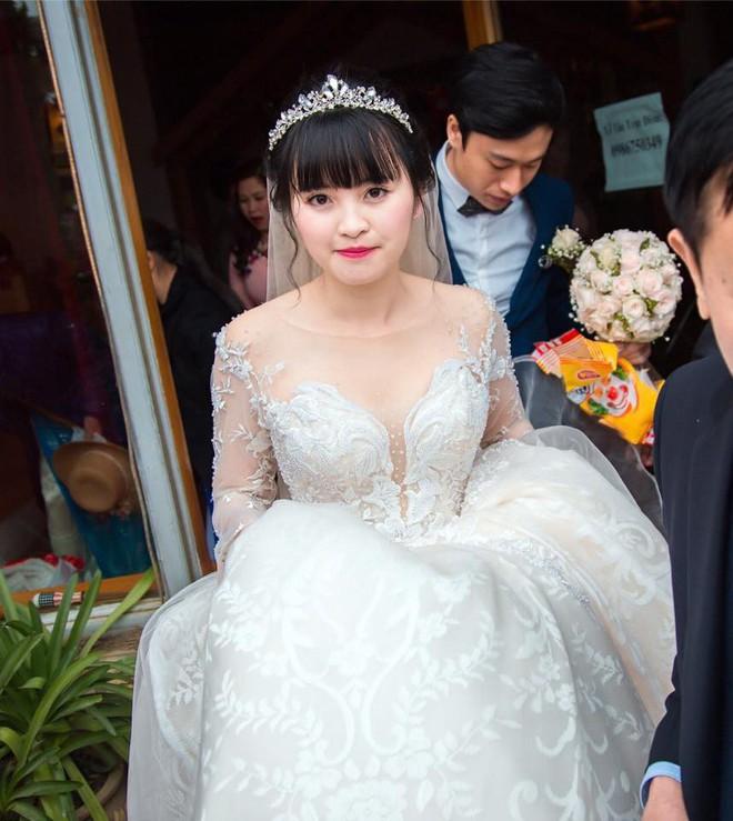 Sau 2 tháng bế em bé Lào Cai xinh như công chúa trong đám cưới, mẹ nuôi 9X của Yến Nhi khoe mang thai con đầu lòng - Ảnh 4.