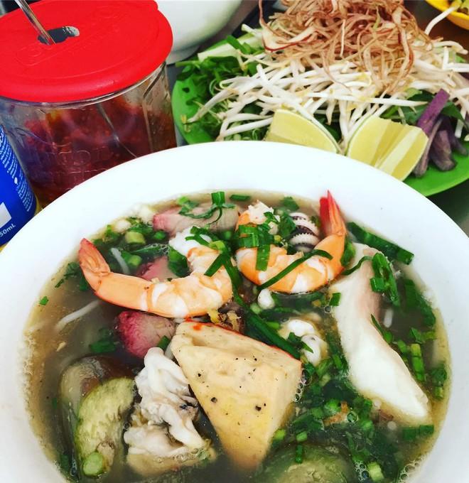 4 món ăn Viêt Nam siêu nặng mùi, có món vừa ăn vừa phải bịt mũi mà vẫn được vạn người mê - ảnh 7