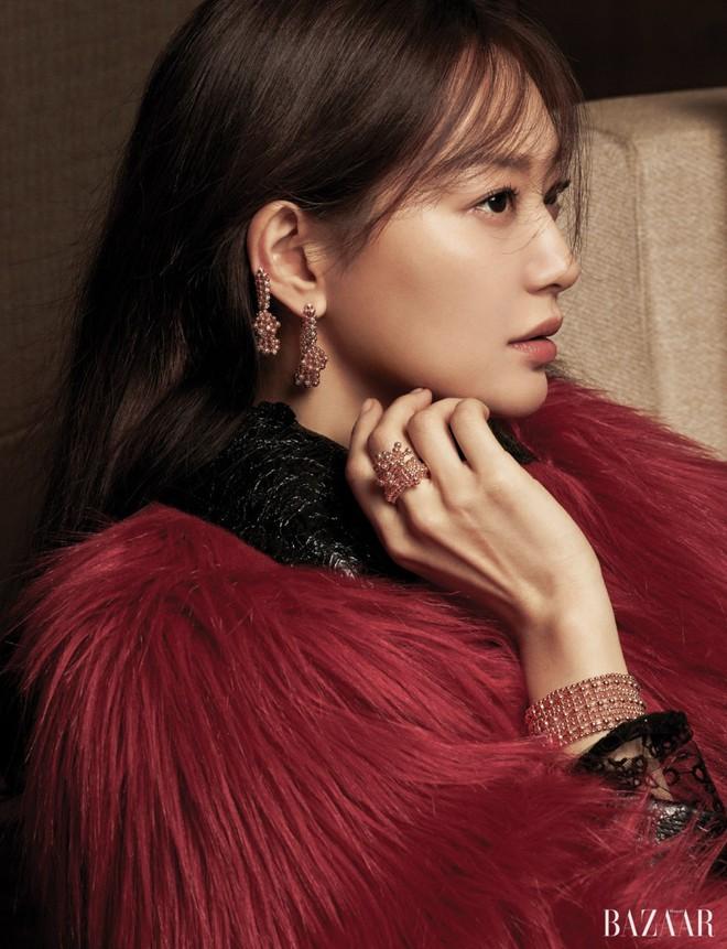 Shin Min Ah: Nàng thơ của điện ảnh Hàn chấp nhận tạm gác công việc, ngày đêm cần mẫn chăm sóc người yêu mắc bệnh hiểm nghèo - Ảnh 4.