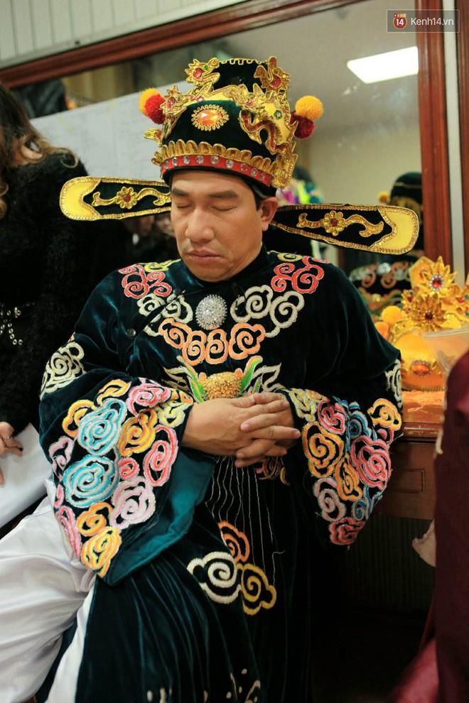 1001 dáng ngủ siêu khó đỡ của sao Việt: Cứ đặt lưng xuống là ngủ bất kể địa hình! - Ảnh 3.