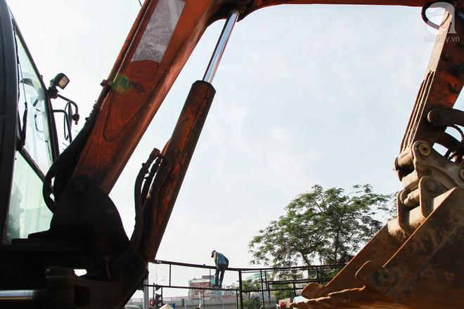 Hà Nội: Bắt đầu cưỡng chế 42 cơ sở kinh doanh trên mặt đường Nguyễn Khánh Toàn - Ảnh 5.