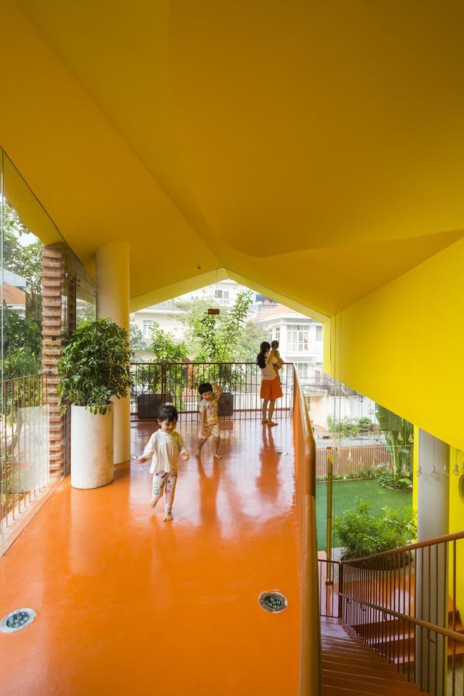 Các lối đi, hành lang giúp thầy cô, học sinh dễ dàng kết nối với nhau.