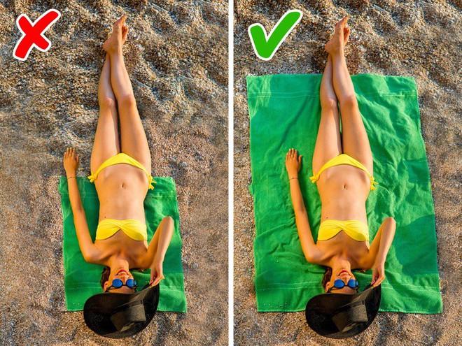 9 bí quyết dễ ợt giúp chị em tự tin hút mọi ánh nhìn trên bãi biển - Ảnh 8.