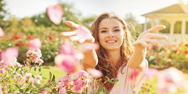 Học phụ nữ thông minh 16 điều này để luôn làm chủ trong tình yêu - Ảnh 1.
