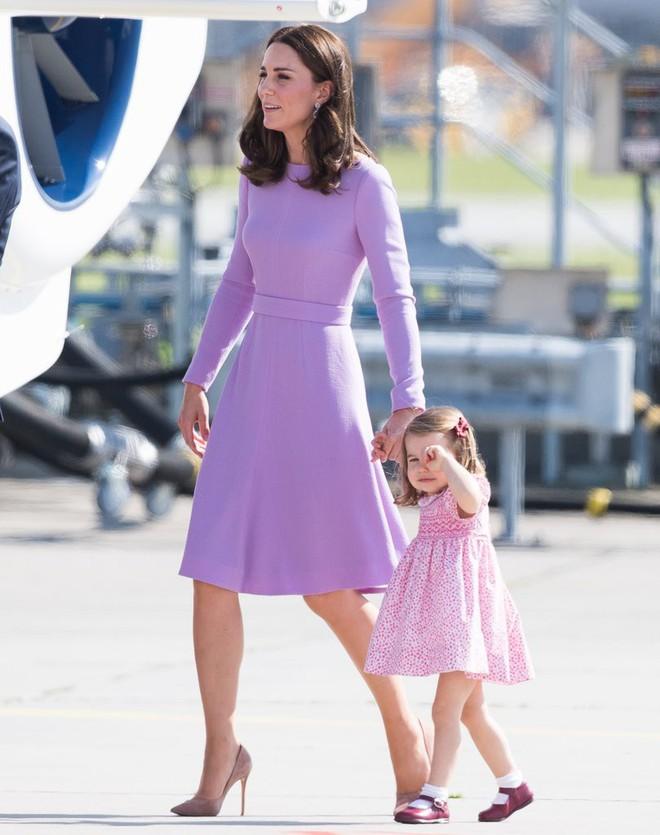Vừa mới sinh con chưa đến 1 tháng, công nương Kate sẽ chọn trang phục thế nào dự đám cưới em chồng Hoàng gia - Ảnh 5.