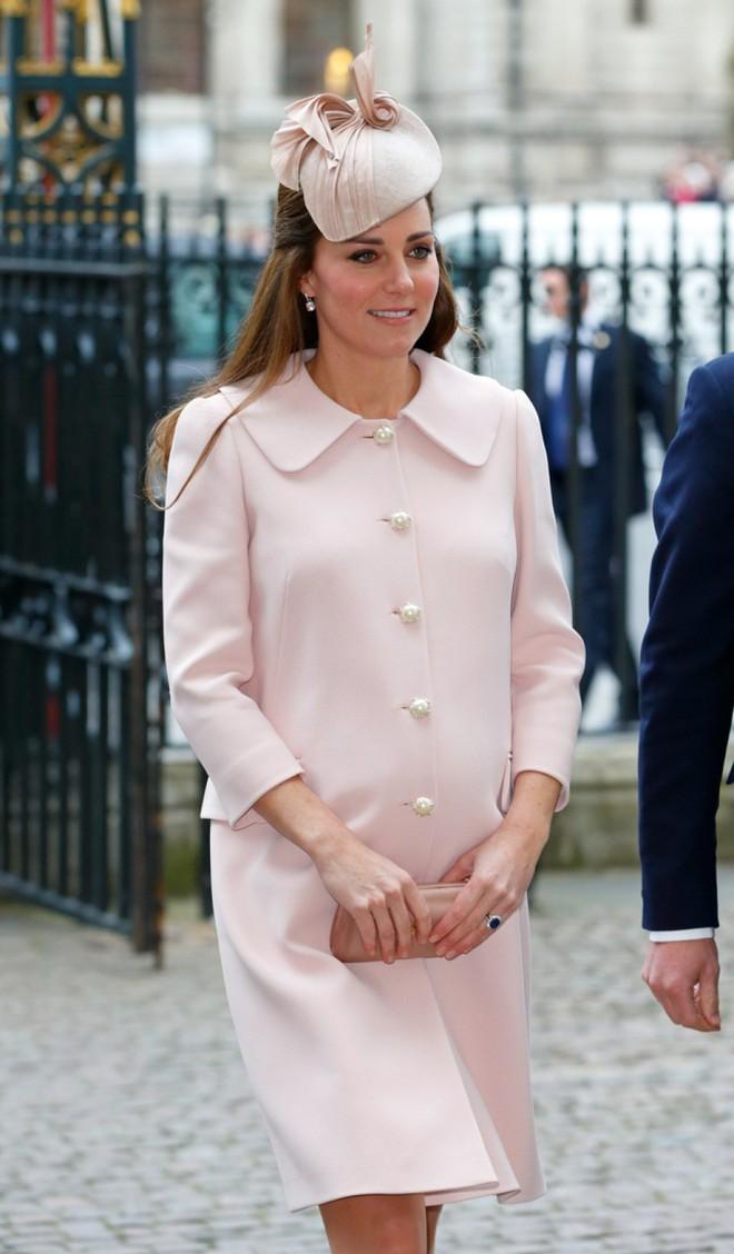 Vừa mới sinh con chưa đến 1 tháng, công nương Kate sẽ chọn trang phục thế nào dự đám cưới em chồng Hoàng gia - Ảnh 6.