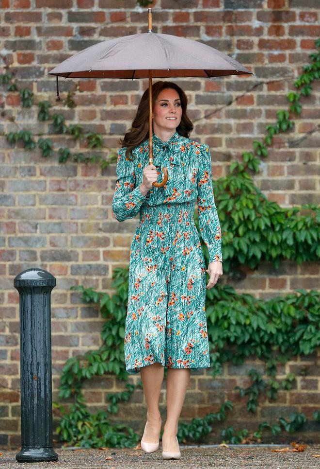 Vừa mới sinh con chưa đến 1 tháng, công nương Kate sẽ chọn trang phục thế nào dự đám cưới em chồng Hoàng gia - Ảnh 7.