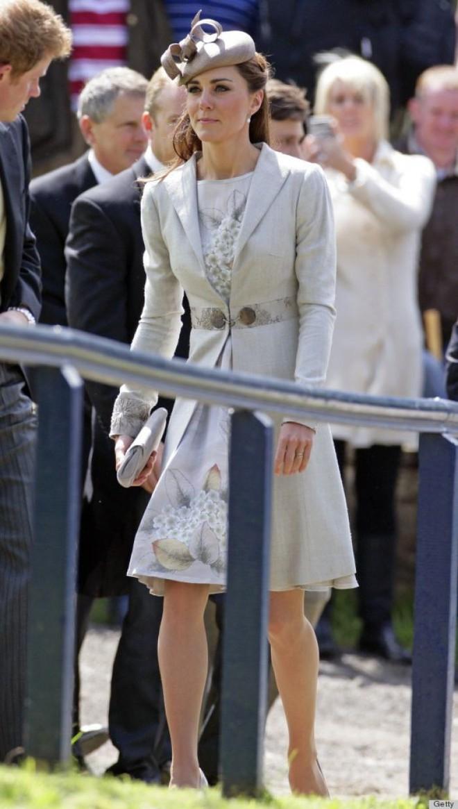 Vừa mới sinh con chưa đến 1 tháng, công nương Kate sẽ chọn trang phục thế nào dự đám cưới em chồng Hoàng gia - Ảnh 10.