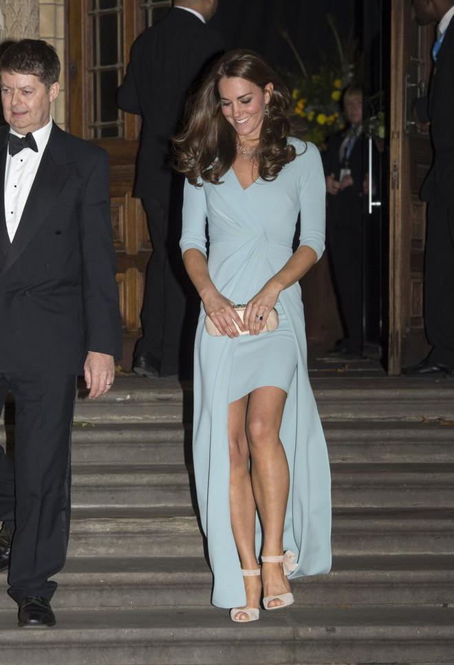 Vừa mới sinh con chưa đến 1 tháng, công nương Kate sẽ chọn trang phục thế nào dự đám cưới em chồng Hoàng gia - Ảnh 4.