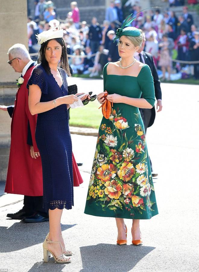 Đám cưới hoàng gia Anh: Hôn lễ kết thúc, cô dâu chú rể trao nhau nụ hôn ngọt ngào trước toàn thể mọi người - Ảnh 16.