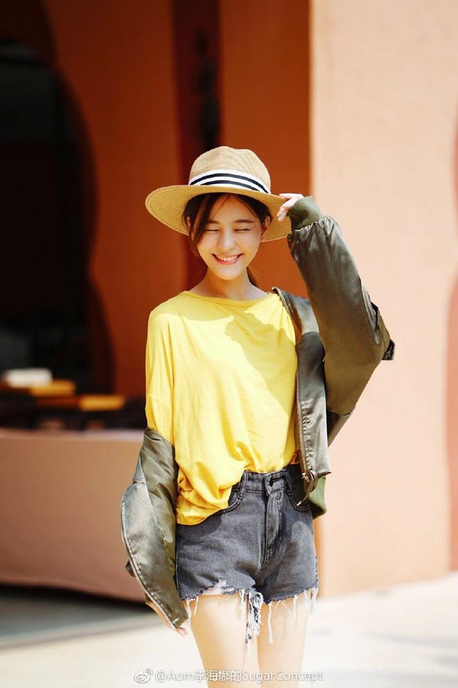 """Dù năm nay đã 30 lại có vóc dáng mi nhon nhưng nàng """"Song Hye Kyo"""" Thái Lan vẫn diện đồ đẹp hết chỗ chê - Ảnh 13."""