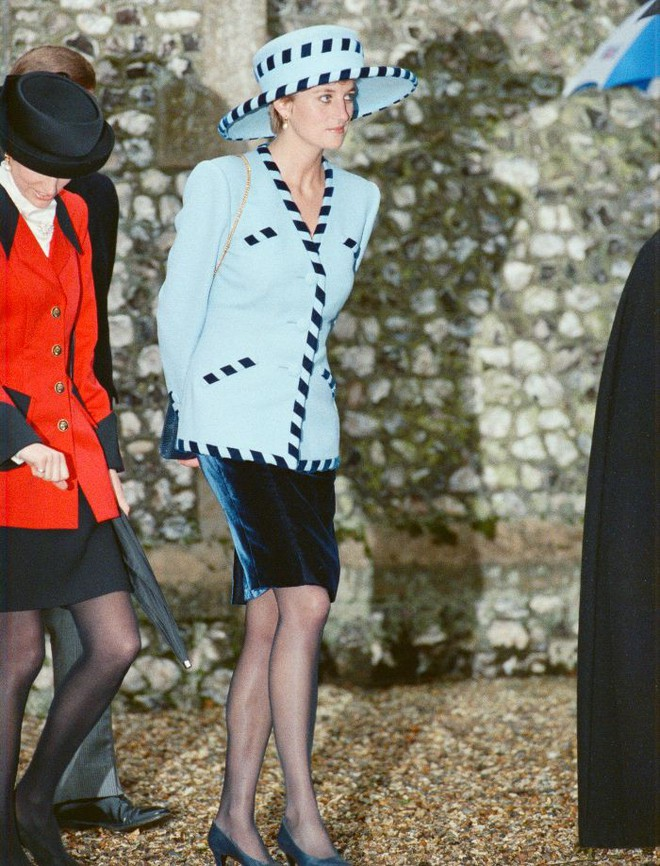 Quy tắc đội mũ tại đám cưới Hoàng gia đã được công nương Diana tuân thủ tinh tế như thế nào? - Ảnh 8.