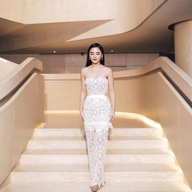"""Dù năm nay đã 30 lại có vóc dáng mi nhon nhưng nàng """"Song Hye Kyo"""" Thái Lan vẫn diện đồ đẹp hết chỗ chê - Ảnh 12."""