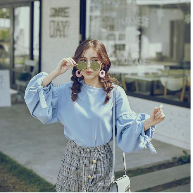 """Dù năm nay đã 30 lại có vóc dáng mi nhon nhưng nàng """"Song Hye Kyo"""" Thái Lan vẫn diện đồ đẹp hết chỗ chê - Ảnh 15."""