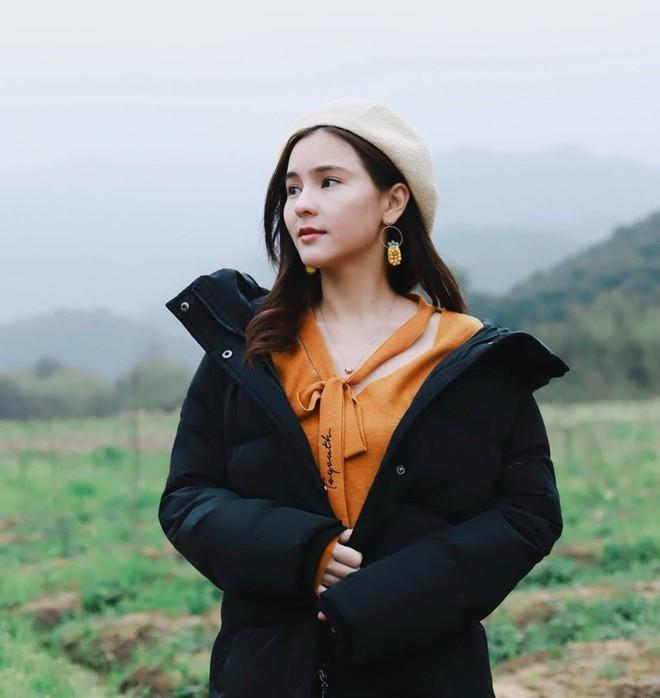 """Dù năm nay đã 30 lại có vóc dáng mi nhon nhưng nàng """"Song Hye Kyo"""" Thái Lan vẫn diện đồ đẹp hết chỗ chê - Ảnh 7."""