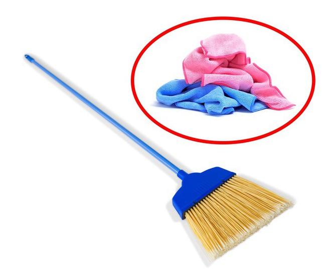 15 mẹo vặt với những vật dụng cực dễ tìm trong nhà sẽ giúp bạn hô biến mọi thứ trở nên sạch bong như mới - Ảnh 7.