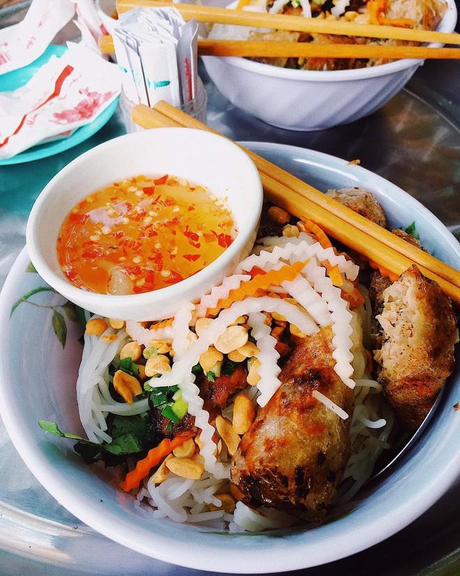 6 món ăn no mà không lo nóng đặc biệt được cưng trong mùa hè Sài Gòn - ảnh 20