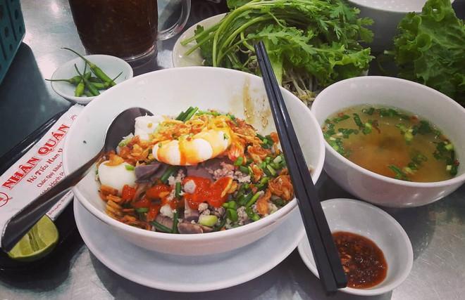 6 món ăn no mà không lo nóng đặc biệt được cưng trong mùa hè Sài Gòn - ảnh 15