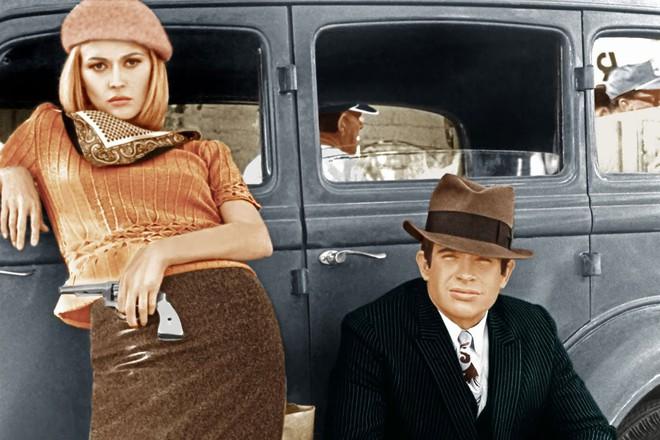 Bonnie và Clyde: Khao khát nổi tiếng nhưng trở thành cặp sát thủ khiến nước Mỹ khiếp sợ, chết đi mới hoàn thành tâm nguyện, được hàng ngàn người đưa tang - Ảnh 12.