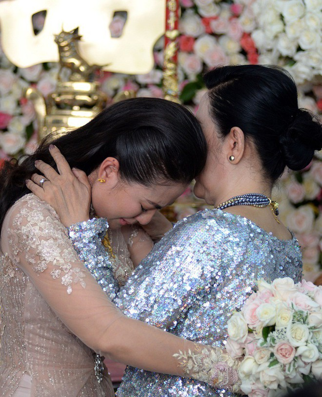 """3 điều quý giá mà những người đàn bà """"đội chồng lên đầu"""" đã vô tình bỏ quên"""