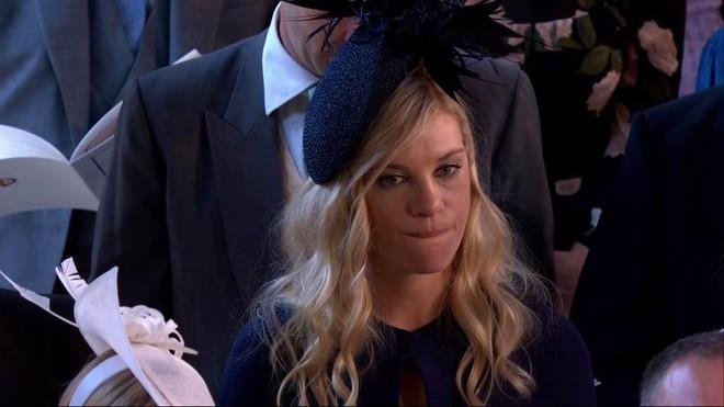 Đám cưới hoàng gia Anh: Hôn lễ kết thúc, cô dâu chú rể trao nhau nụ hôn ngọt ngào trước toàn thể mọi người - Ảnh 39.