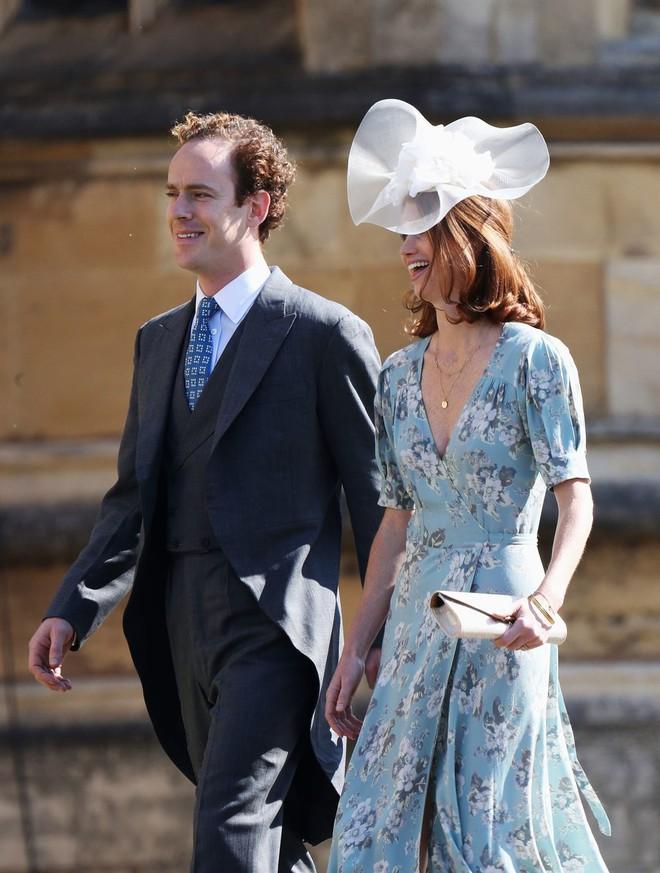 Ngắm thời trang tại đám cưới hoàng gia mà bỏ lỡ 15 chiếc mũ tinh xảo này thì bạn đã bỏ qua đặc sản rồi - Ảnh 13.