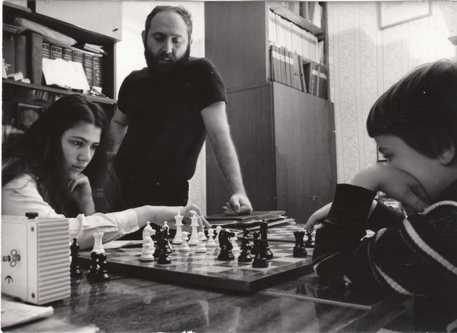 Với 4 nguyên tắc này, ông bố đã nuôi dạy các con trở thành thiên tài khiến ai cũng ngưỡng mộ - Ảnh 4.