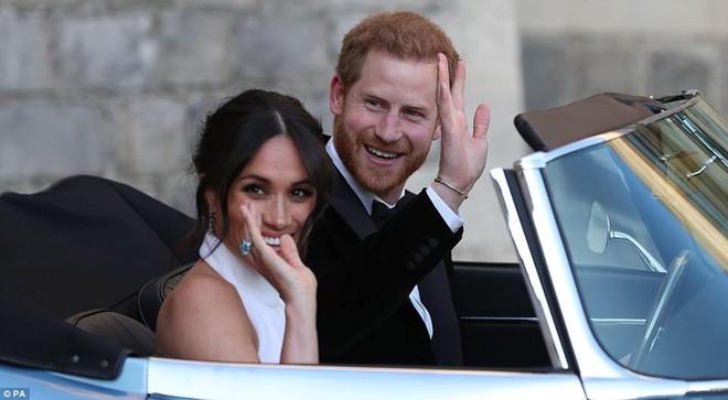 Những hình ảnh đầu tiên về đám cưới Hoàng gia đẹp mê mẩn chính thức được công bố - Ảnh 6.