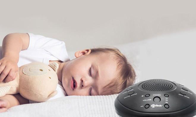 Tuân thủ các nguyên tắc này, bé sơ sinh sẽ ngủ ngon và sâu giấc vào ban đêm - Ảnh 2.