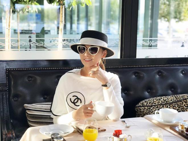 Lã Thanh Huyền của Phụ nữ thế kỷ 21, sau 12 năm nhan sắc ngày càng mặn mà cùng gu thời trang ngập tràn đồ hiệu - Ảnh 12.