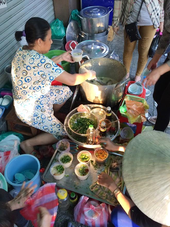 5 hàng súp cua nhắc đến tên ai cũng phải gật gù khen ngon của Sài Gòn - Ảnh 7.