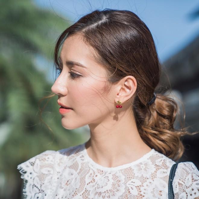 Các nàng có biết trước cái nắng nóng mùa hè, mái tóc cũng cần được chống nắng cẩn thận - Ảnh 2.