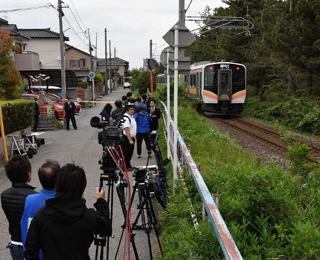 Nhật Bản: Bé gái 7 tuổi bị xe lửa đâm và sự thật về cái chết của em khiến cho người dân vừa run sợ vừa phẫn nộ - Ảnh 2.