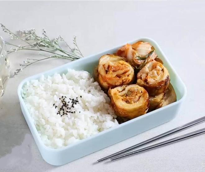 Gà cuộn kim chi - làm cực dễ, ăn là mê - Ảnh 4.