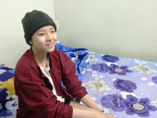 Vợ vừa mất, cha đau đớn nhìn con gái 16 tuổi xinh xắn phải cắt bỏ chân vì ung thư xương mà không đủ tiền chữa trị - Ảnh 9.