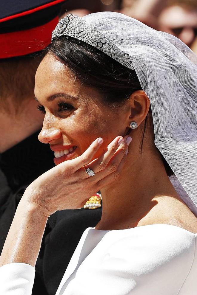 Kể từ khi bước vào gia đình Hoàng gia, Meghan Markle đã phải ngậm ngùi từ bỏ sở thích làm đẹp lớn lao này - Ảnh 4.