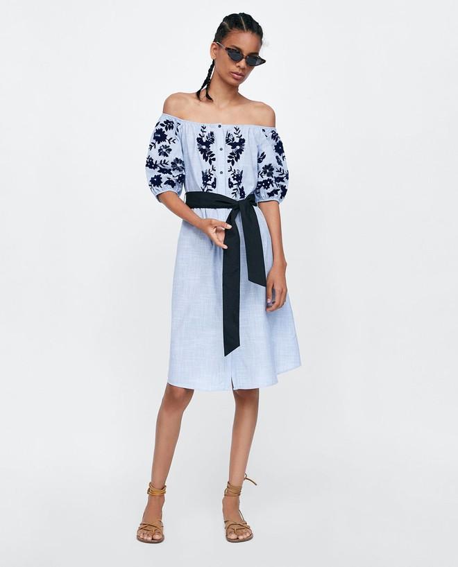 Lần đầu lộ diện sau đám cưới hoàng gia, Kate Middleton chọn đầm Zara cùng túi tote vô cùng thoải mái  - Ảnh 5.