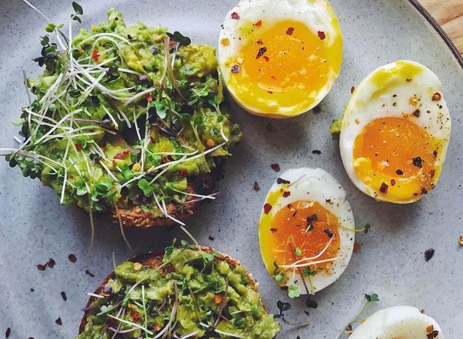 Các nhà nghiên cứu khuyên bạn mỗi ngày nên ăn một quả trứng và lý do phía sau vô cùng bất ngờ - Ảnh 3.