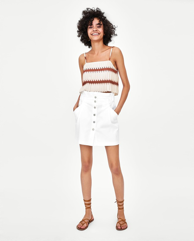 13 mẫu chân váy ngắn dáng xinh yêu mà giá cực vừa mắt đến từ thương hiệu H&M và Zara - Ảnh 6.