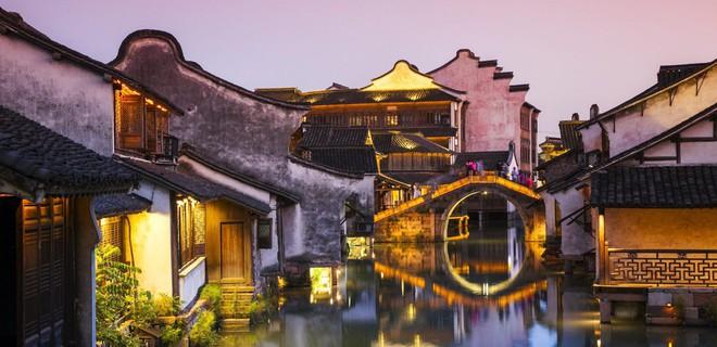 Ngất ngây với 5 cổ trấn đẹp như trong phim cổ trang ở Trung Quốc - ảnh 4