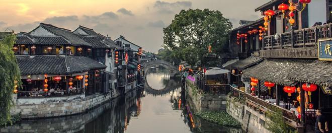 Ngất ngây với 5 cổ trấn đẹp như trong phim cổ trang ở Trung Quốc - ảnh 12