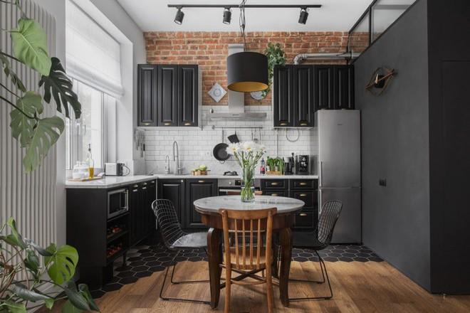 Cải tạo căn hộ từ không gian ảm đảm và nhạt nhòa thành rực rỡ sắc màu - Ảnh 11.
