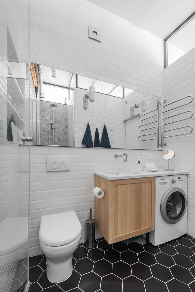 Cải tạo căn hộ từ không gian ảm đảm và nhạt nhòa thành rực rỡ sắc màu - Ảnh 22.