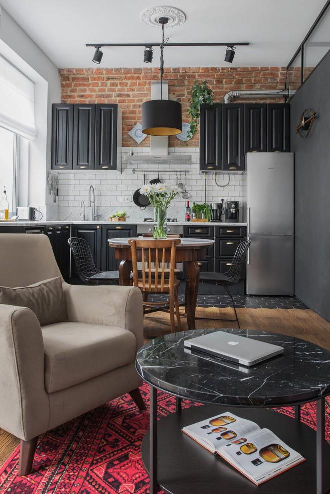 Cải tạo căn hộ từ không gian ảm đảm và nhạt nhòa thành rực rỡ sắc màu - Ảnh 6.
