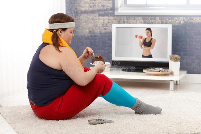 Tập gym mỗi ngày nhưng vẫn không thể giảm cân, nhà khoa học sẽ tiết lộ cho bạn 4 lý do tại sao - Ảnh 3.