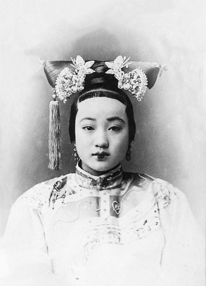 Trân phi: Bị Từ Hi Thái hậu đày vào lãnh cung, ném xuống giếng chỉ vì là sủng phi của Hoàng đế nhà Thanh - Ảnh 2.