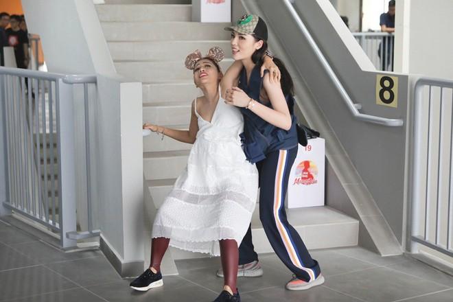"""Hoa hậu Kỳ Duyên """"bật"""" lại MC Thành Trung vì bị chê không có trí tuệ - Ảnh 7."""